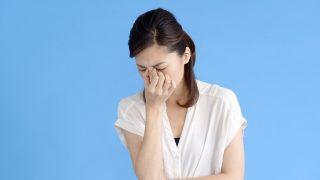 眉間が痛い・症状別の原因と対策 失明する事も!簡単セルフチェックしてみましょう。